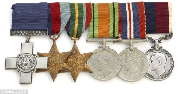 charlton w medals