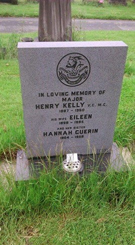 kelly h grave pic