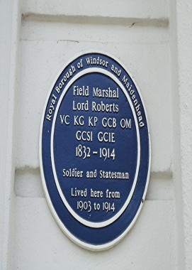 roberts blue plaque ascot